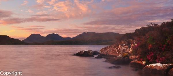 Loch Oscaig by hermless