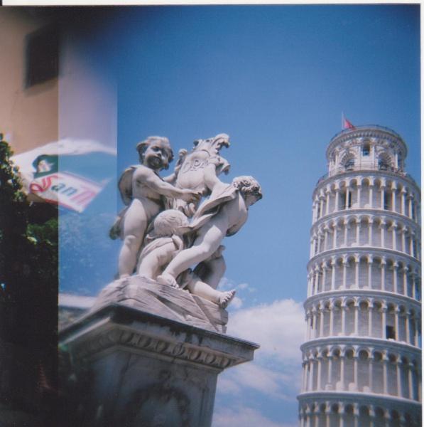Pisa by Hwalshie