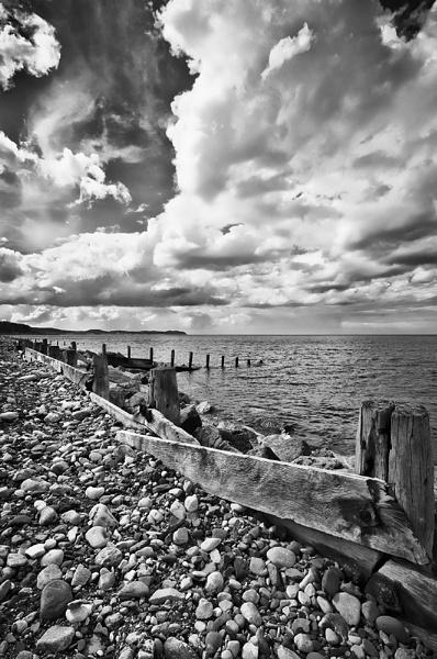 LLanddulas Shore by romansnumber7