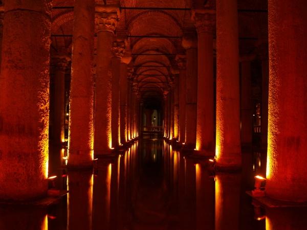Basilica Cistern by gossyboy