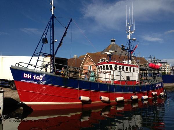 MV Royal Sovereign by SkySkape