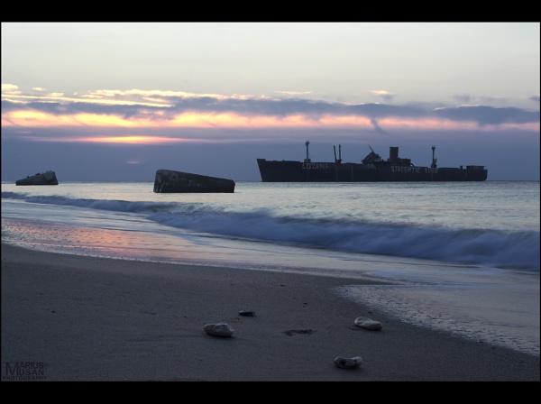 Sunrise Wreck by DiazSprite