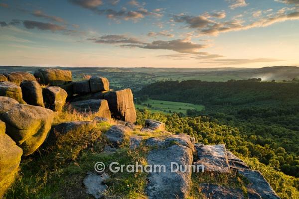 Evening light, Gardom\'s Edge - Peak District by grahamdunn