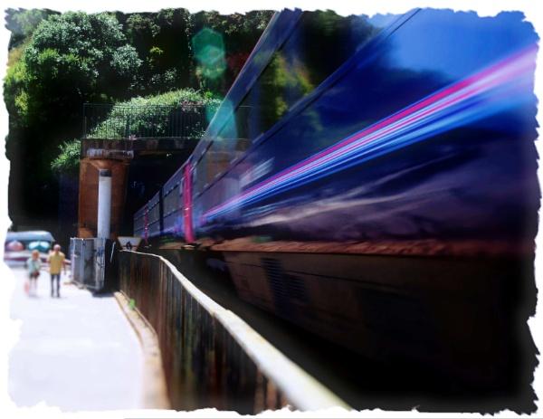 The Train & Tunnel by Hamlin