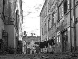 silent city yard