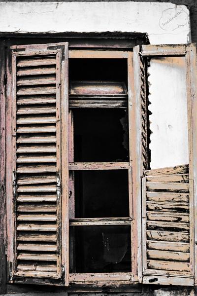 Window by derrymaine