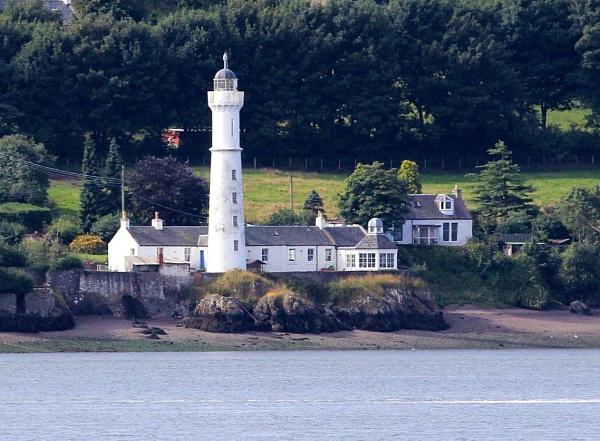 Lighthouse by lenocm