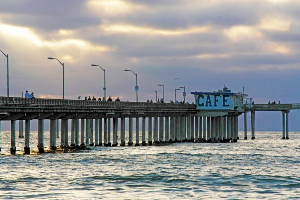 CAFE BY THE BEACH by rariyanto99