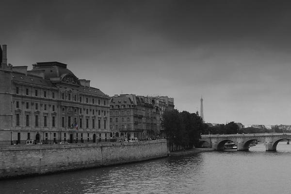 Paris by Fearny