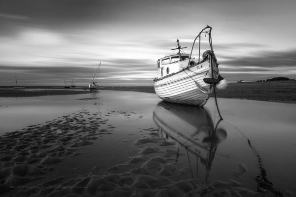 "\""Boat named Sue\"" (Meol\'s Estuary) by razorraymac"