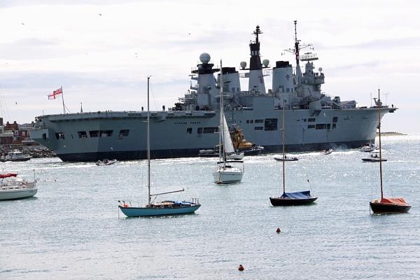 HMS Illustrious by oaklea