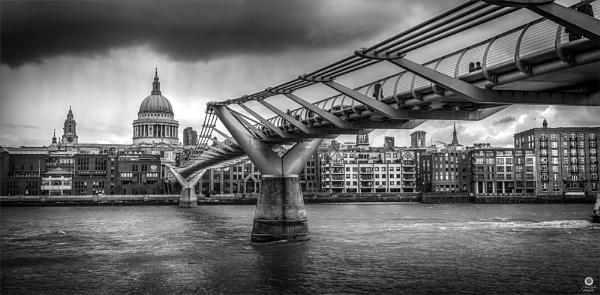 Rain Over London by MattB1987