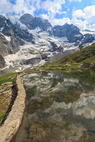 The glacier at La Grave by livinglevels