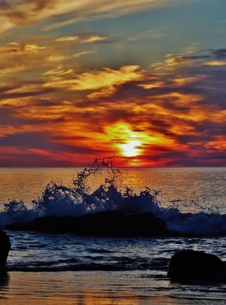 SUNRISE by cptdaniel