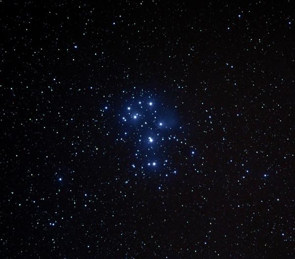 Pleiades (M45) by Aenima