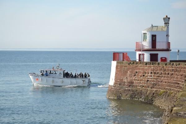 Boat trip. by lenocm