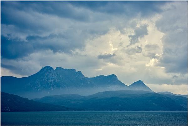 Ben Loyal Blues... by Scottishlandscapes