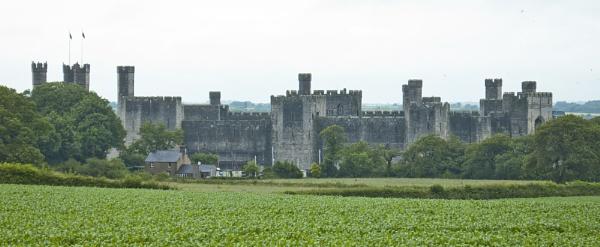 Caernarfon Castle by lenscapuk53