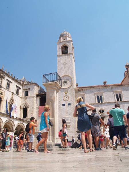 Street Life In Dubrovnik by gossyboy