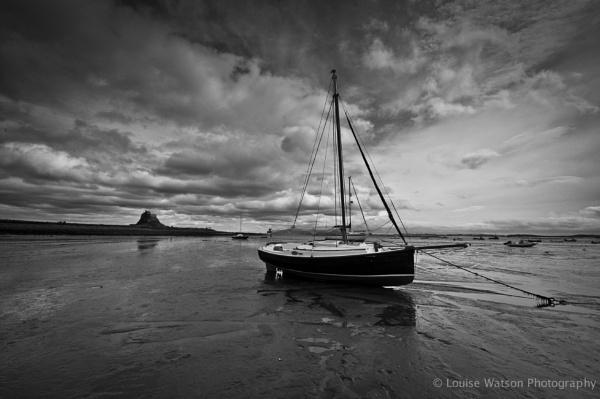 Boat at Lindisfarne by watsonle