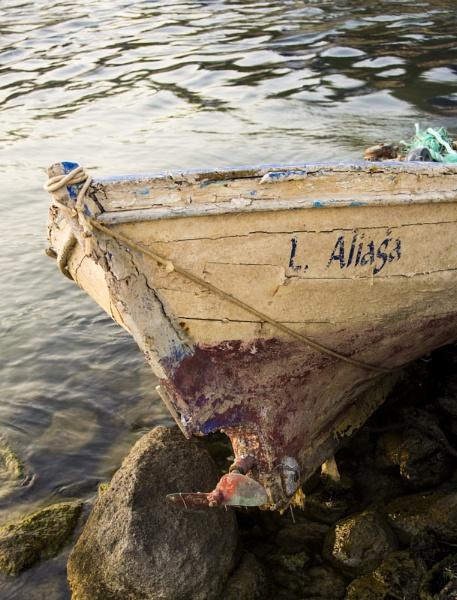 L. Aliaga (Port Aliaga) by nonur