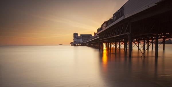 Weston Pier by jeronius