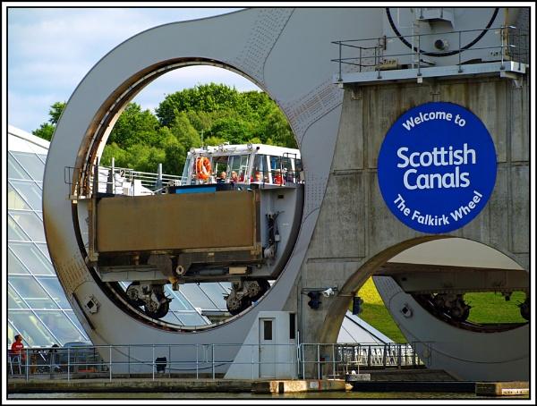 On the Falkirk Wheel by fificat100
