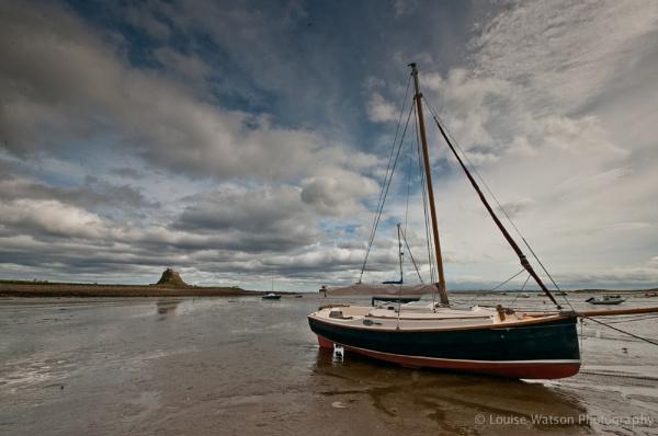 Boat at Lindisfarne 2 by watsonle