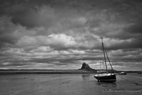 Boat at Lindisfarne 3 by watsonle