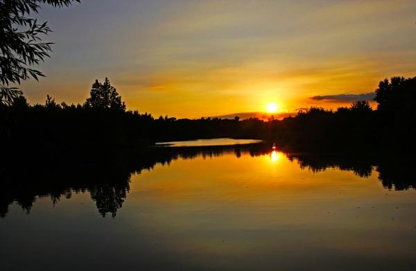 Lakeside evening by Stevekriti