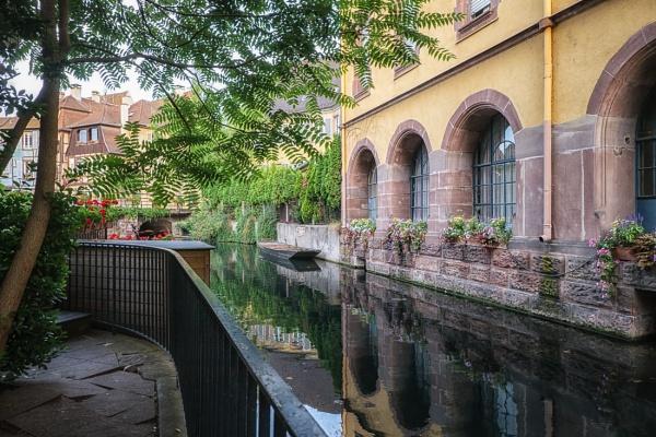 Colmar waterway by mlseawell