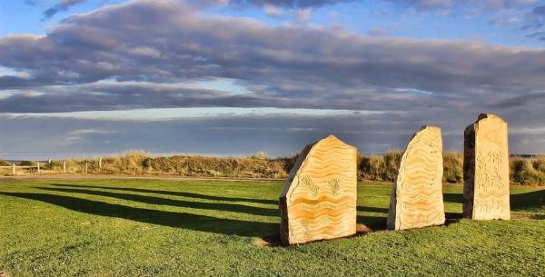 Standing Stones! by lenocm