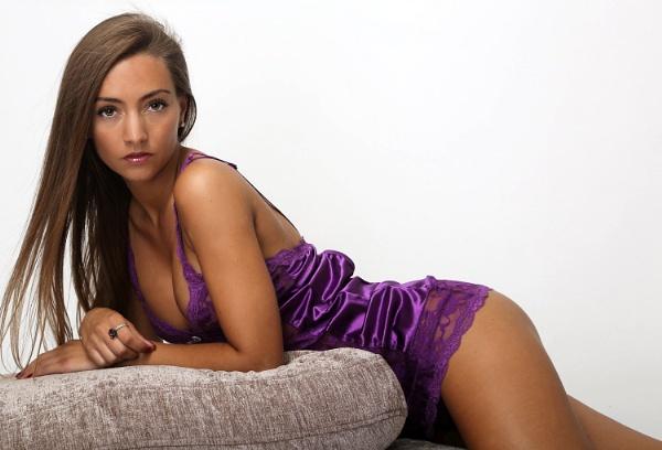 pretty in purple by Bogwoppett