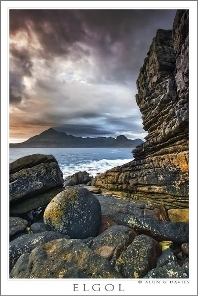 A well-known boulder by Tynnwrlluniau
