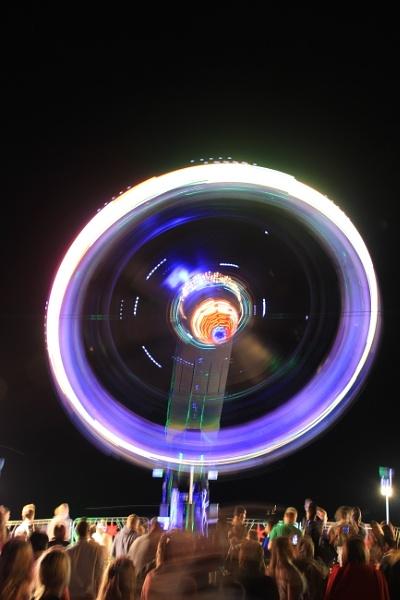 Spinning round by Citr0en