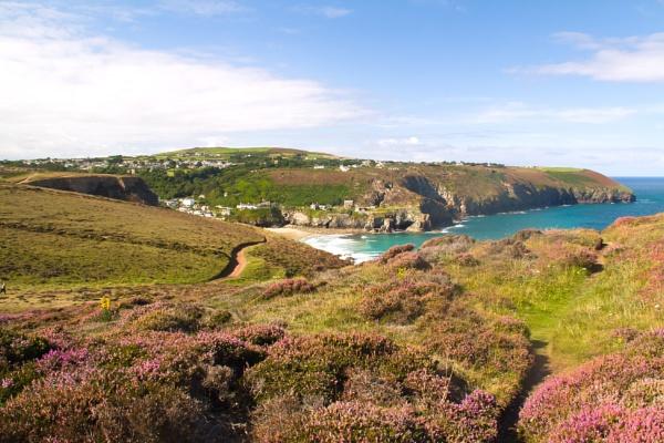 Cornish Cliffs by rogharrison