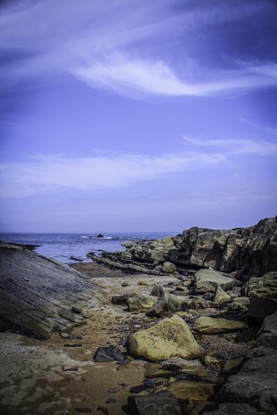 Rocky shore by CDSINUK