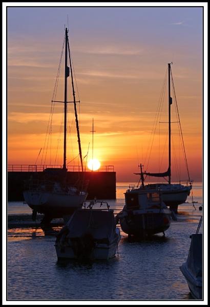 Sunrise by John56