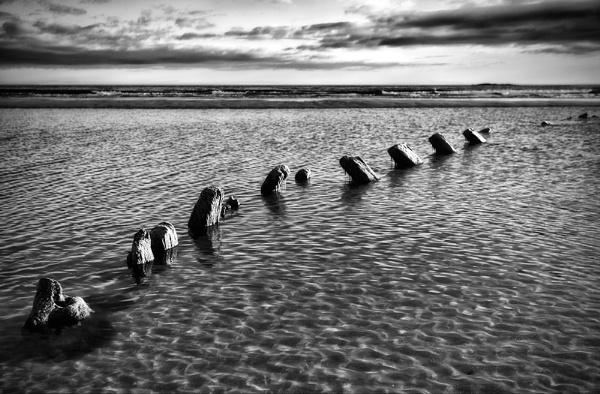 Bamburgh Wreck by John_Horner