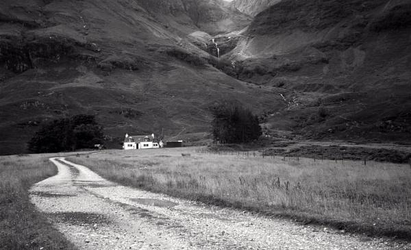 Glencoe Rangers Cottage by McBunny1972