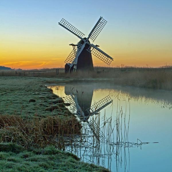 Herringfleet mill by RichieL
