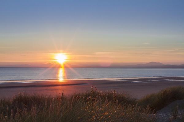 Harlech Sunset 3 by bailey73