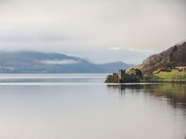 Urquhart Castle, Scotland by s2005b