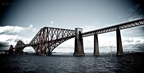 Lovely Forth Bridge by phani1505