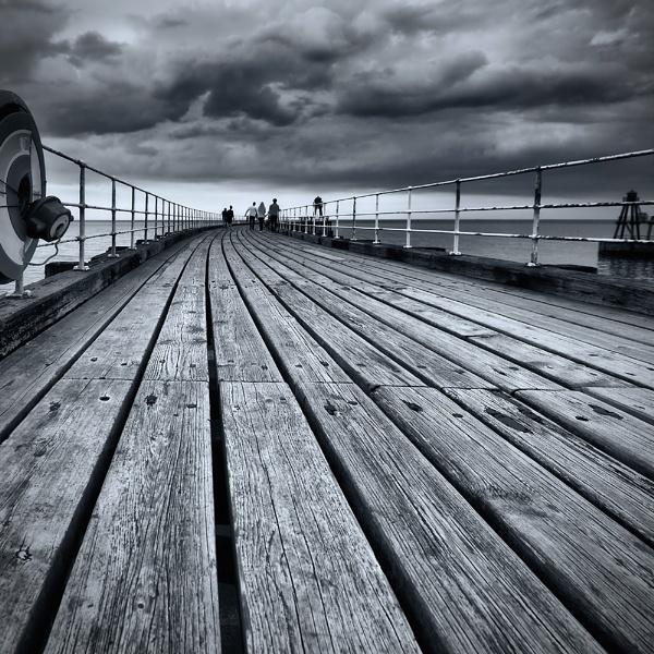 Walking to the Horizon by John_Horner