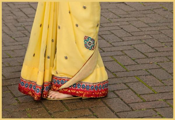 Sari. by myrab