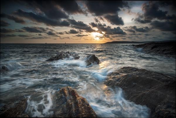 Bovisand Storm by ilocke