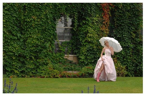Bridal 2 by roybridgewood