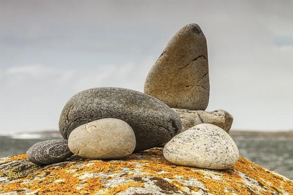 Stones by canonfan