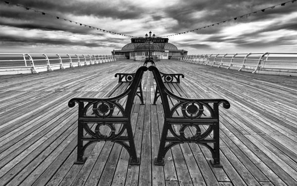 Pavillion theatre, Cromer Pier by milo42